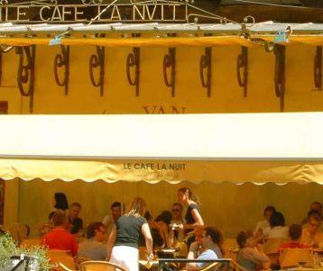 famous-van-gogh-provence-arles-the-roman-rome-of-provence