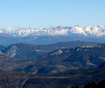 Ventoux-hike-Provence-summit-forest-panorama