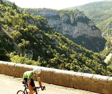 cycling Gorges Nesque