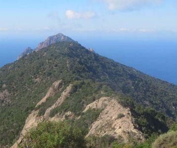 corsica-walk-calvi-by-the-med-sea-corsican-walking holidays + corsica walk+discover+corsica+by foot