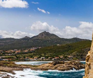 Walking holiday in Corsica: a Mountain in the Sea