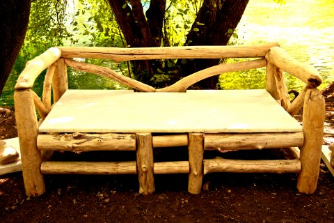 canap en bois flott au clair de lune luminaires bucoliques et mobilier design naturel. Black Bedroom Furniture Sets. Home Design Ideas
