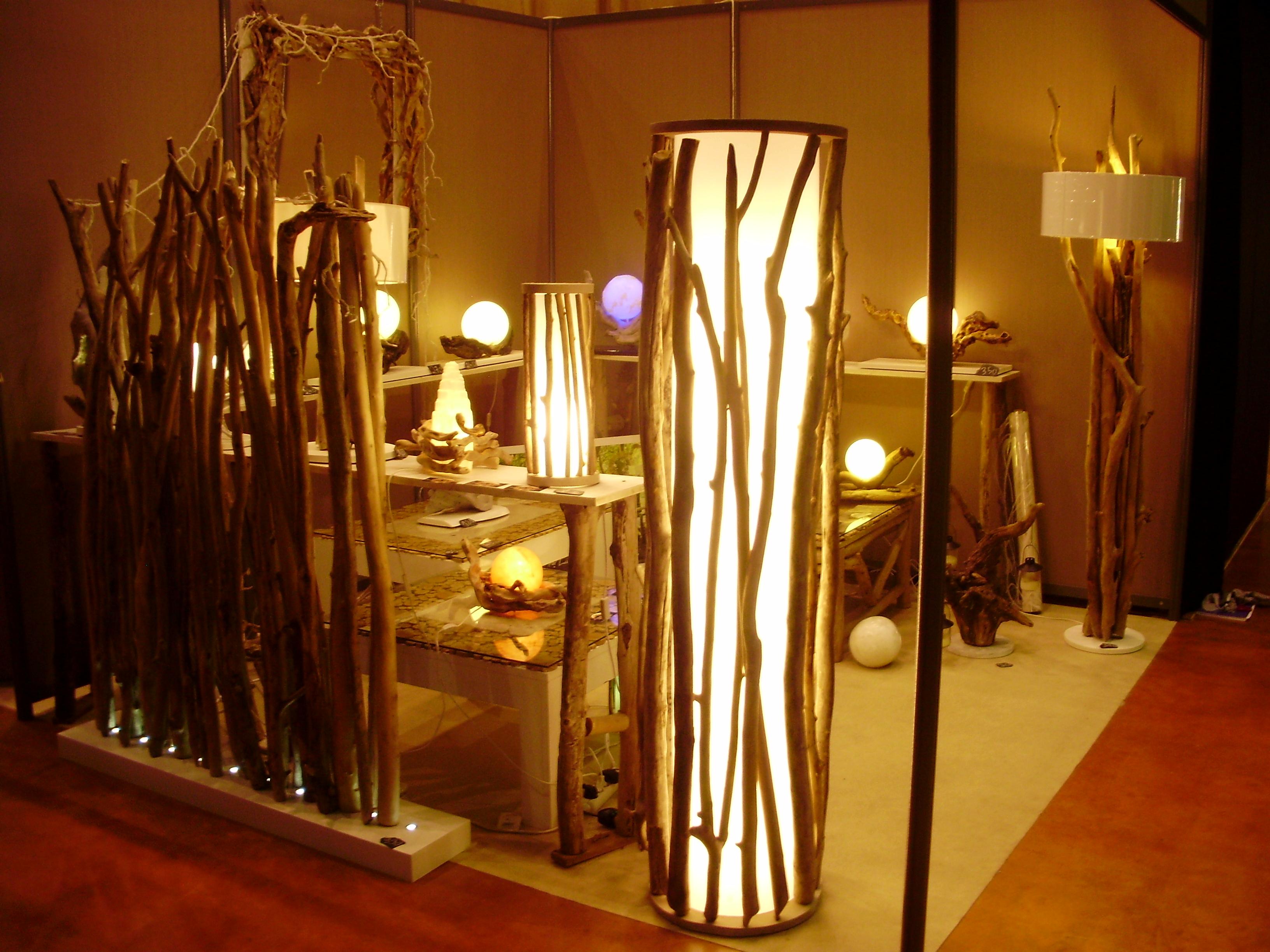 paravent lumineux au clair de lune luminaires bucoliques et mobilier design naturel. Black Bedroom Furniture Sets. Home Design Ideas