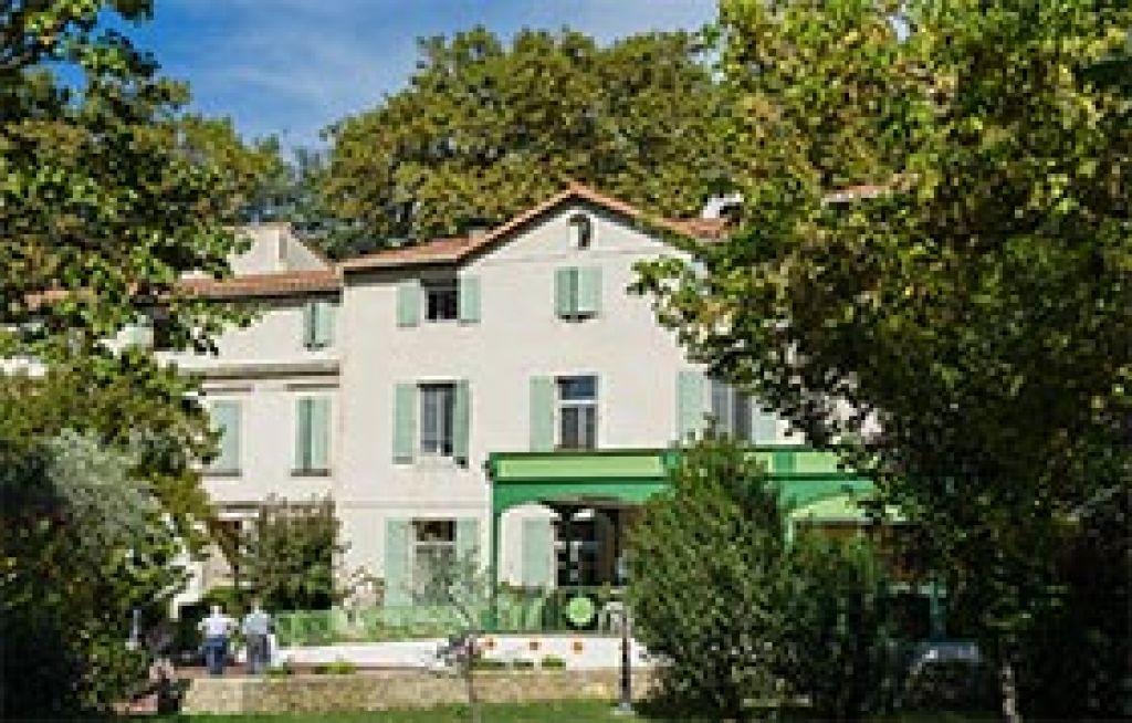 Maison de convalescence avignon avie home - Maison jardin assisted living avignon ...