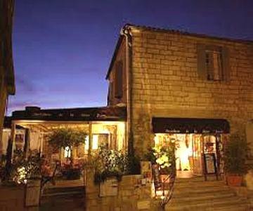 Hotel La Reine Jeanne - Les Baux