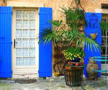 La Maison aux volets bleus -  Venasque
