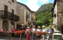hikers walking from sospel to sainte agnes