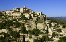 cycling-in-the-luberon-cycling-in-gordes-perched-villages-of-the-famous-provence