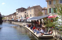 Isle sur la Sorgue famous typical market Venice of Provence antiques