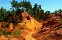 roussillon ochre quarries