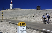 cycling-ventoux-with-a-bike-specialist-local-operator