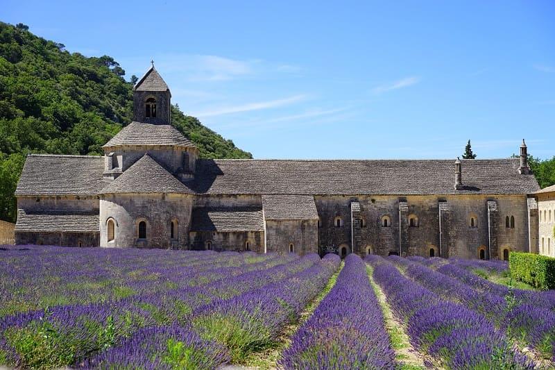 abbaye-de-senanque-best-visit-provence.jpg