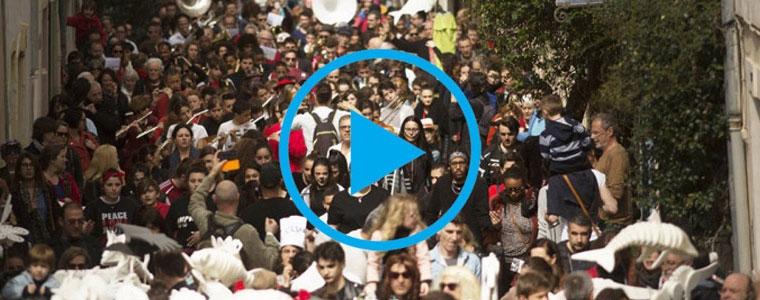 Drôle de Carnaval, un Amour de Parade ! Le reportage.